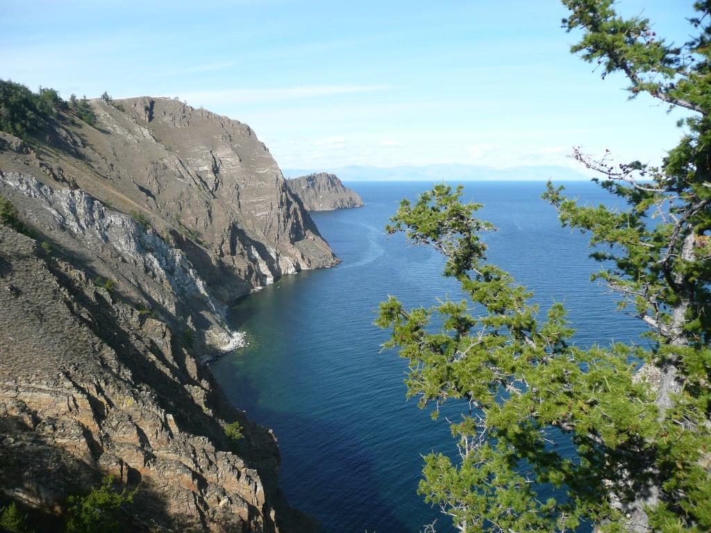 île d'Olkhone