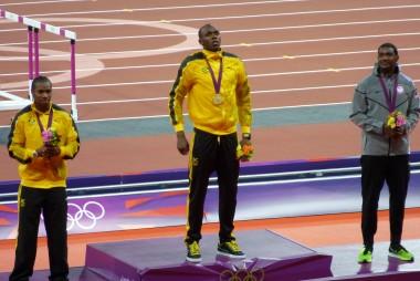 Usain Bolt médaillé d'or du 100 m