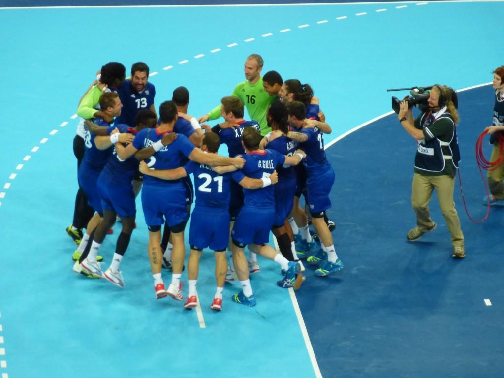 l'équipe de France victorieuse se qualifie pour la finale