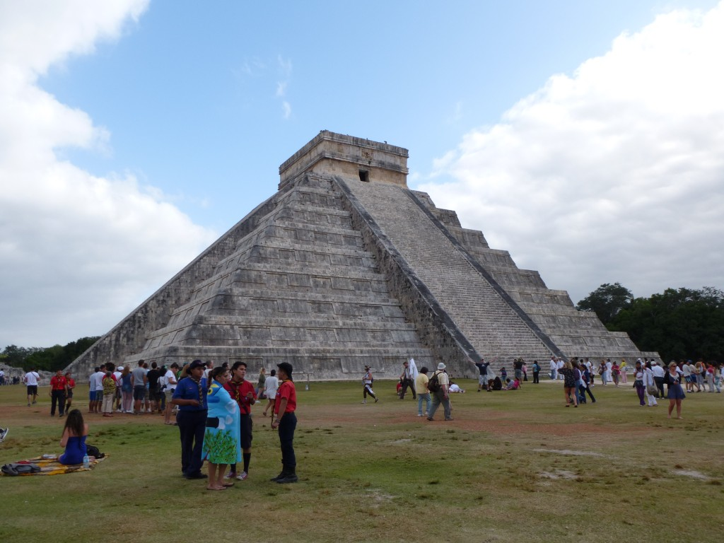 la grande pyramide de Chichen Itza