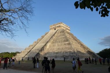 """La pyramide """"El Castillo"""" de Chichen Itza"""