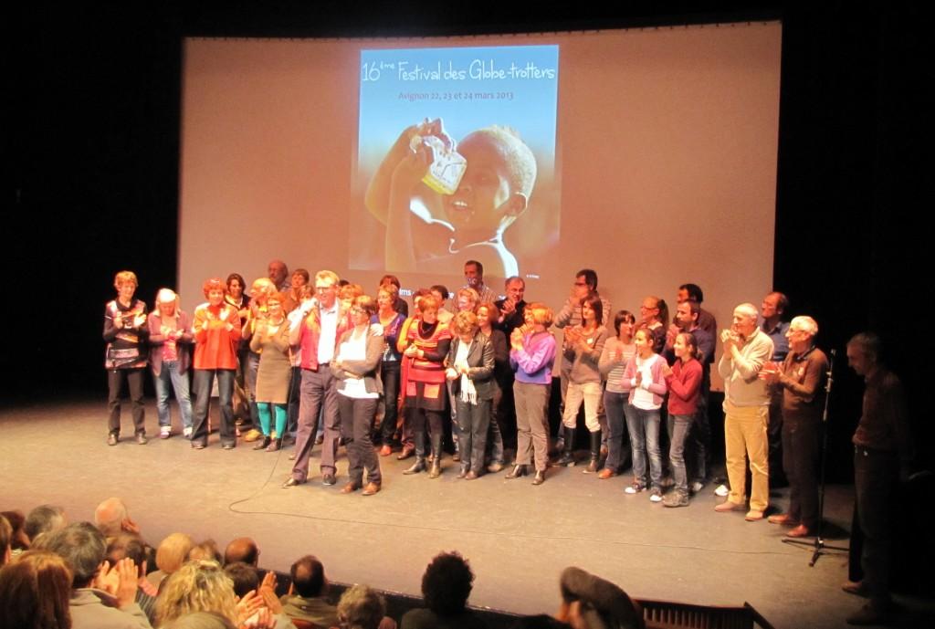 L'équipe des organisateurs et bénévoles du Festival d'Avignon