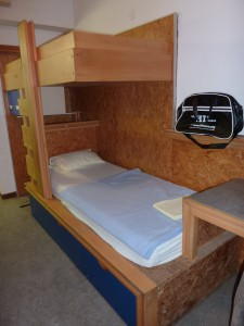 mon lit à l'auberge d'Annecy