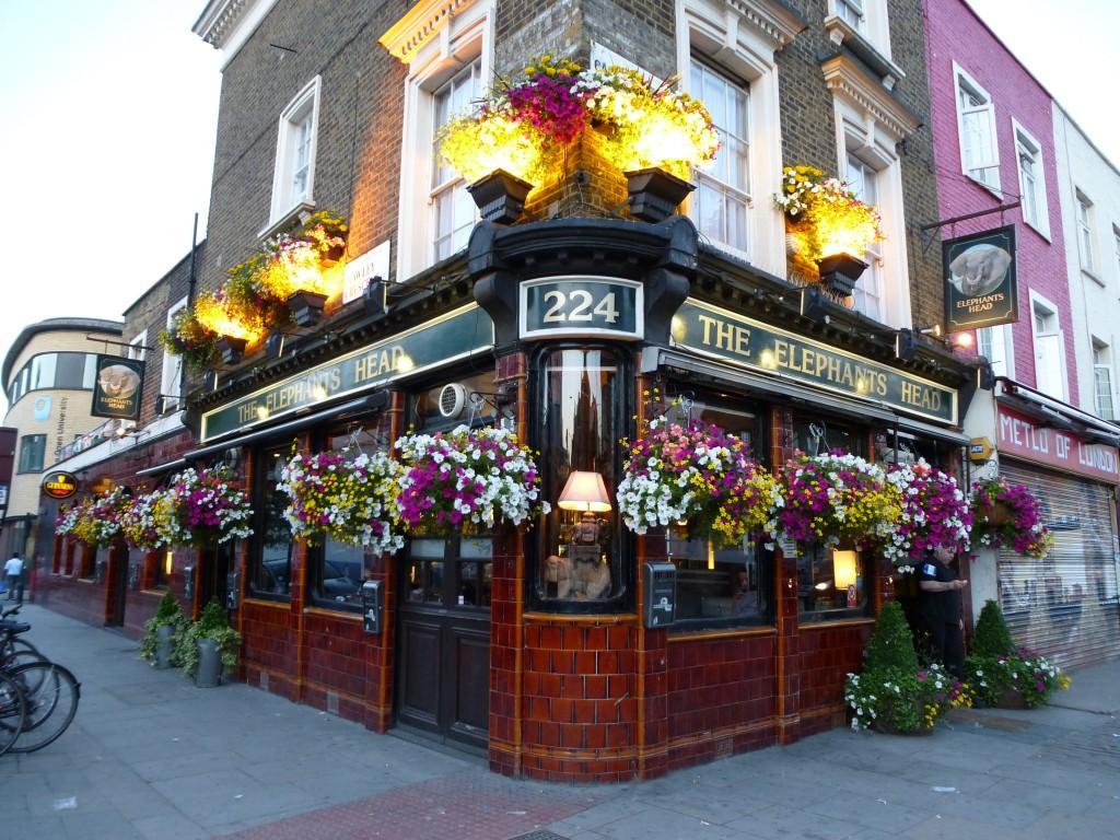 Pub anglais, Camden Town