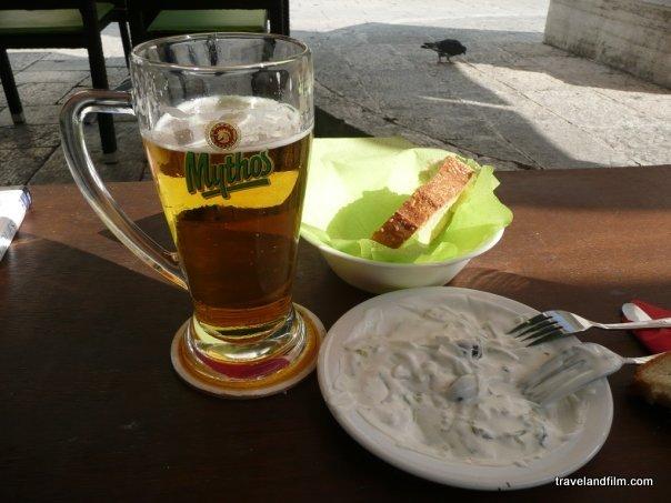 snack-grec-biere-mythos-tsatsiki