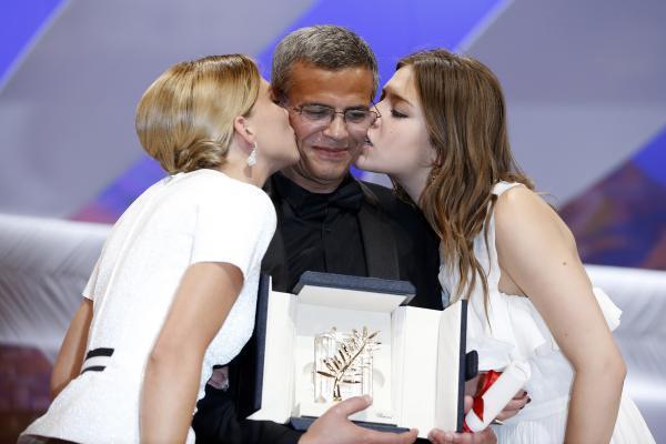 Cannes-La-vie-d-Adele-remporte-la-Palme-d-or