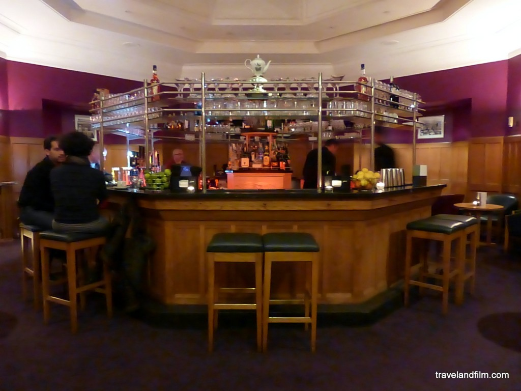 The Octogonal Bar at the Clarence Hotel