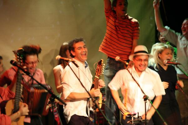 madera-suena-musica-latinoamericana