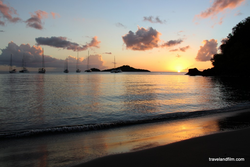 coucher de soleil, plage malendure, guadeloupe