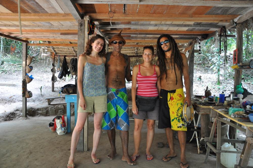 cabane-foret-amazonienne