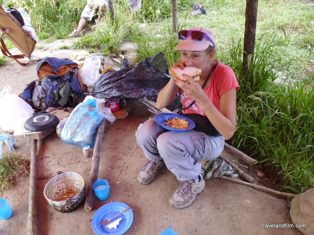 lunch-campement-de-bas-roraima