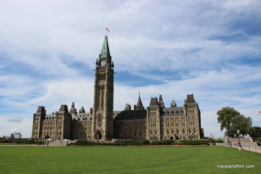 parliament-main-building-ottawa