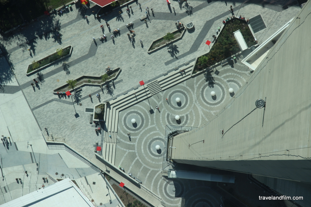 view-from-glass-floor-cn-tower