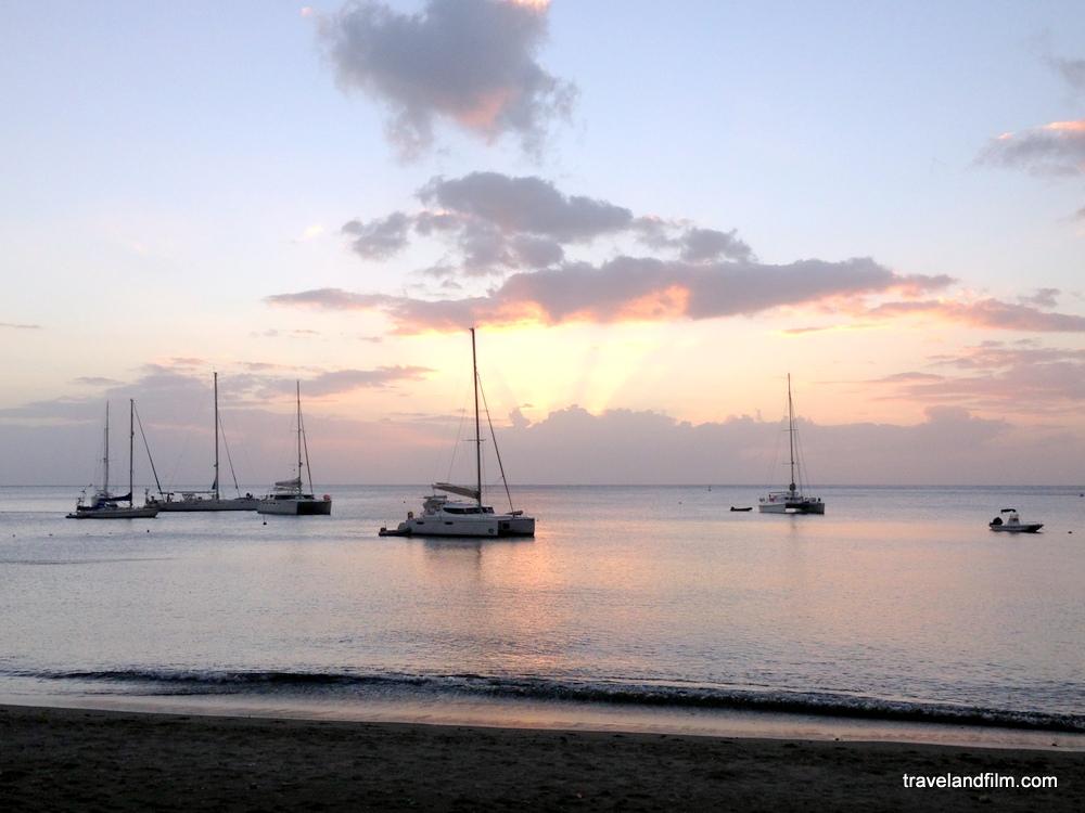 martinique-plage-carbet-coucher-de-soleil
