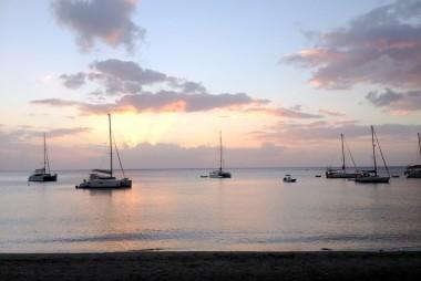 martinique-plage-coucher-de-soleil