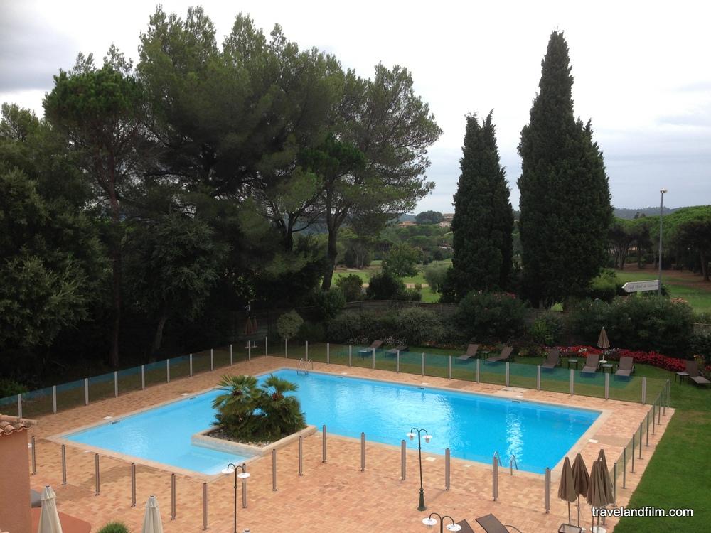 piscine-hotel-golf-valescure-saint-raphael