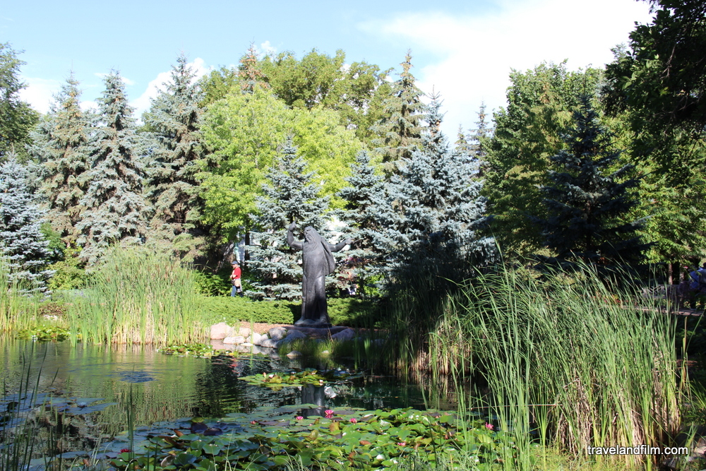 assiniboine-park-winnipeg