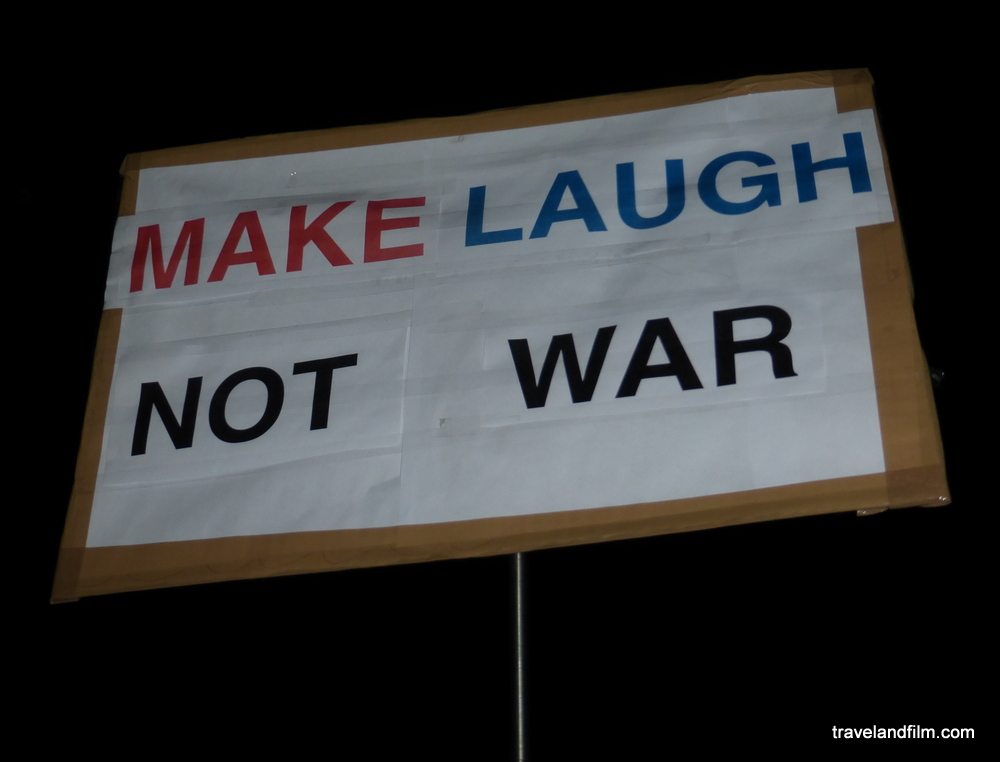 make-laugh-not-war