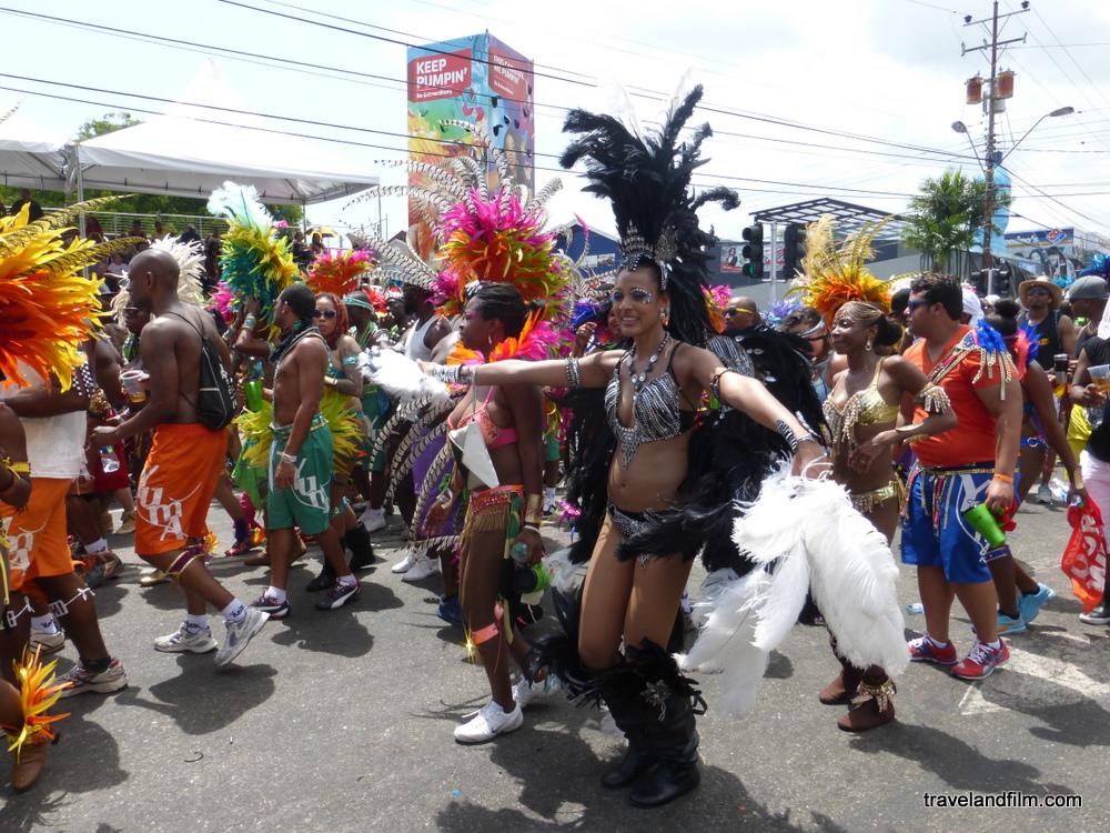 mardi-gras-carnaval-port-d-espagne