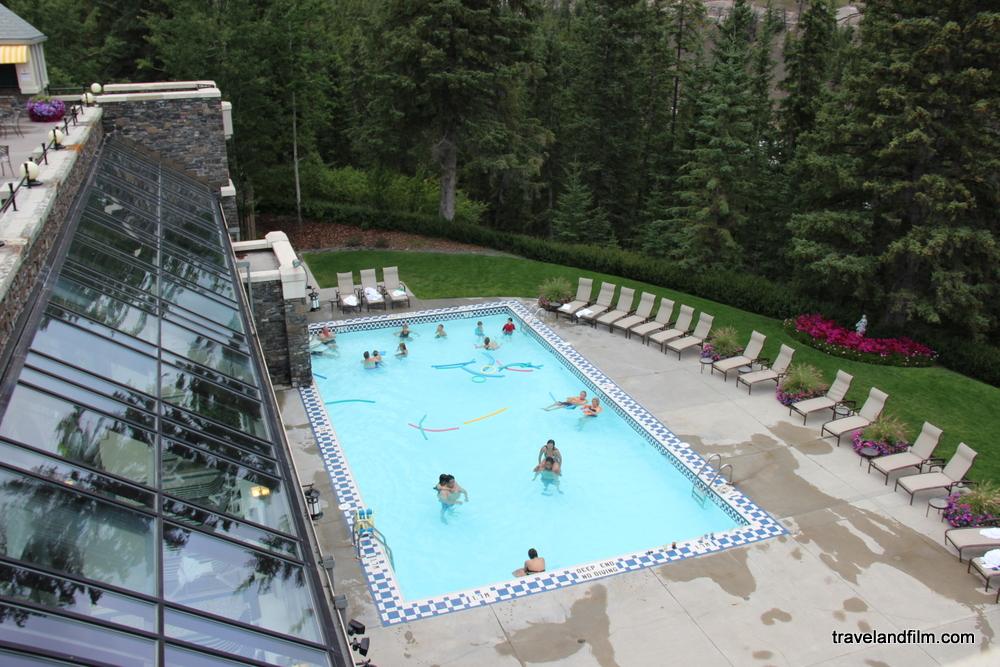 swimming-pool-fairmont-banff-spring-hotel