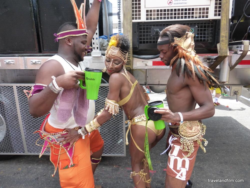 wining-carnival-trinidad