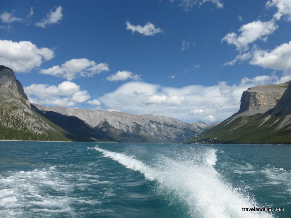 banff-lake-cruise-canada-rockies