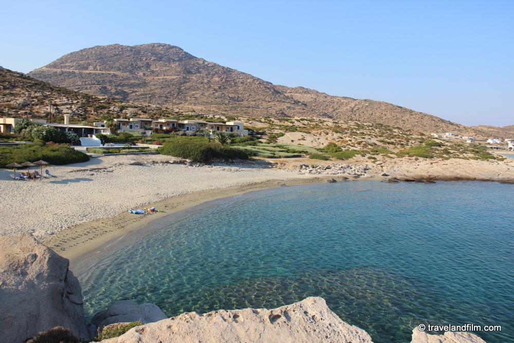 manganari-beach-ios
