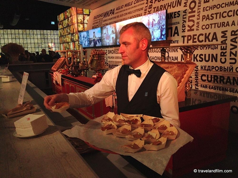 food-tasting-russia-pavilion-expo-milan