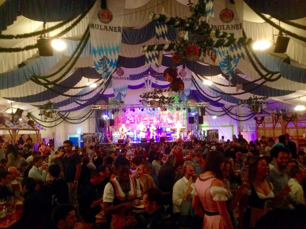 oktoberfest-paulaner-tent-paris