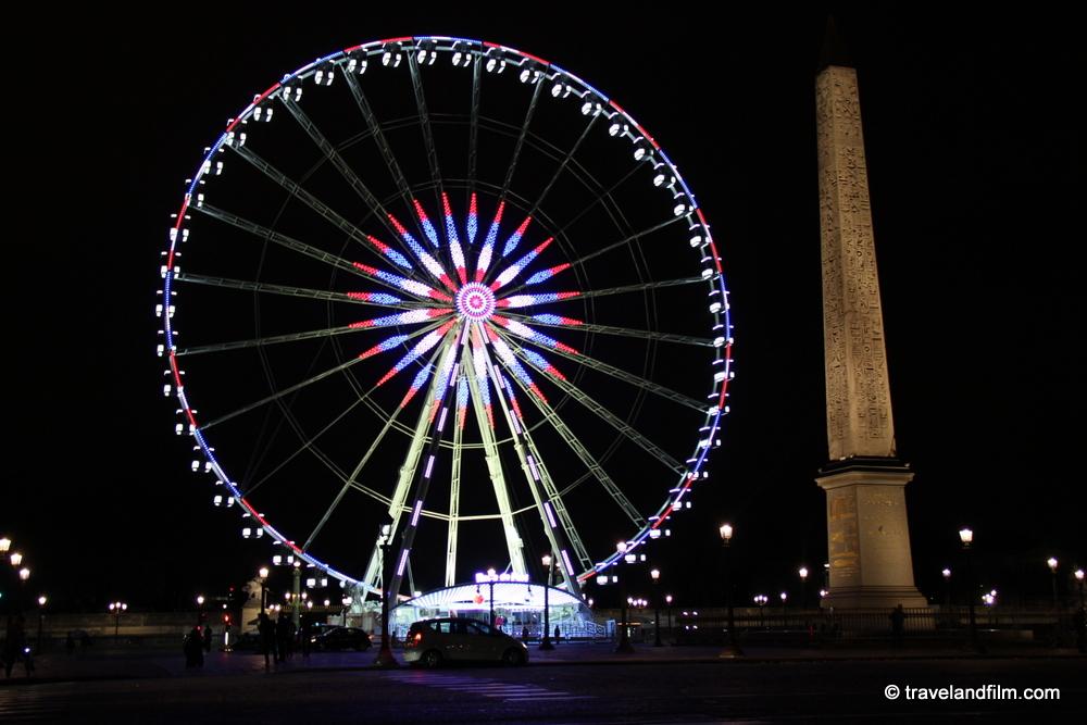 place-concorde-paris-roue-bleu-blanc-rouge