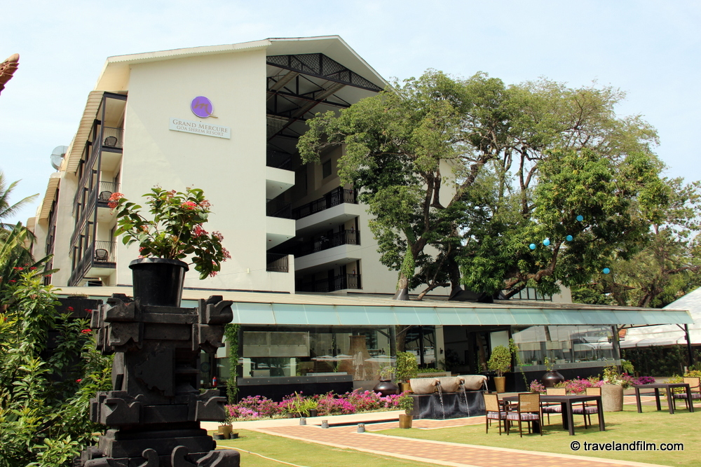 hotel-grand-mercure-goa-shrem-resort