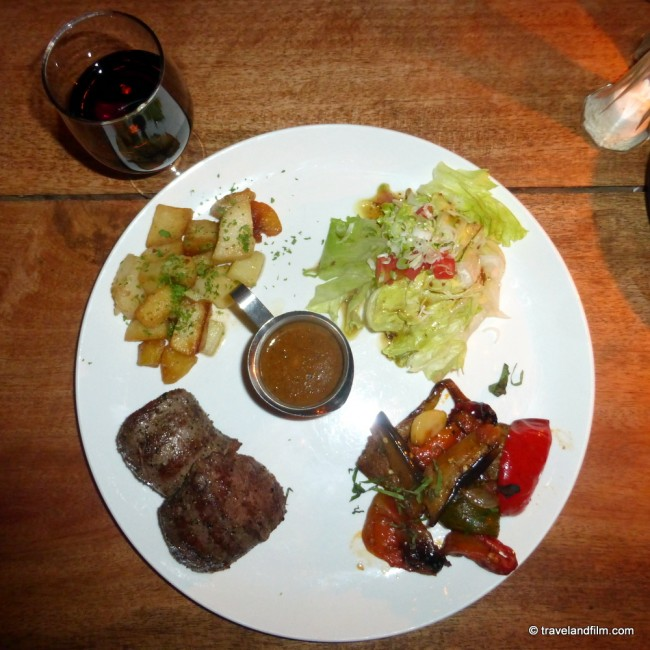 la-plage-restaurant-goa-steak