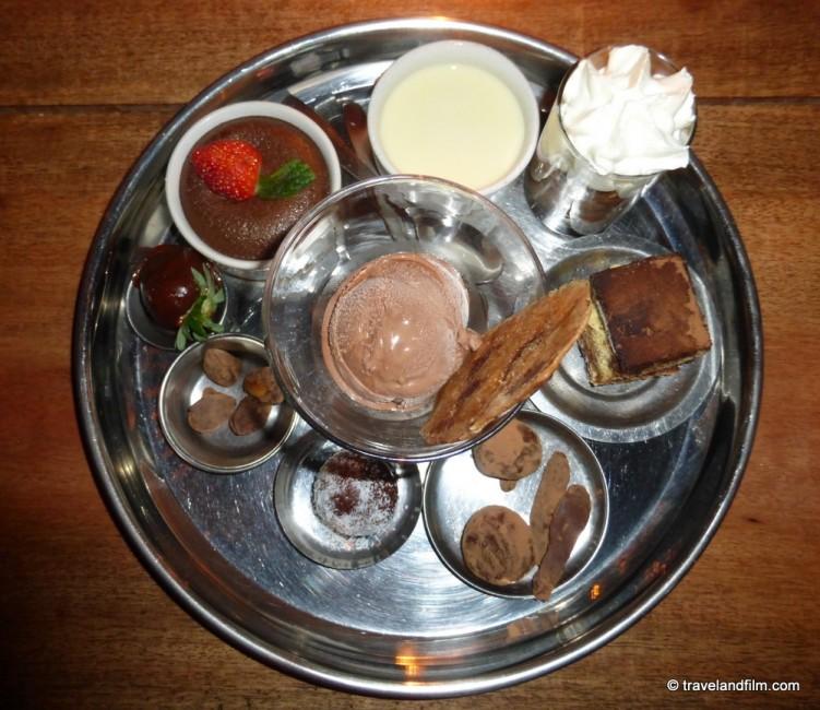 la-plage-restaurant-goa-thali-chocolat