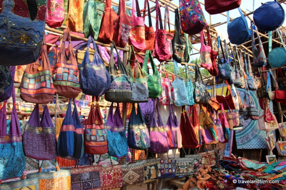 anjuna-flea-market-goa-wednesday