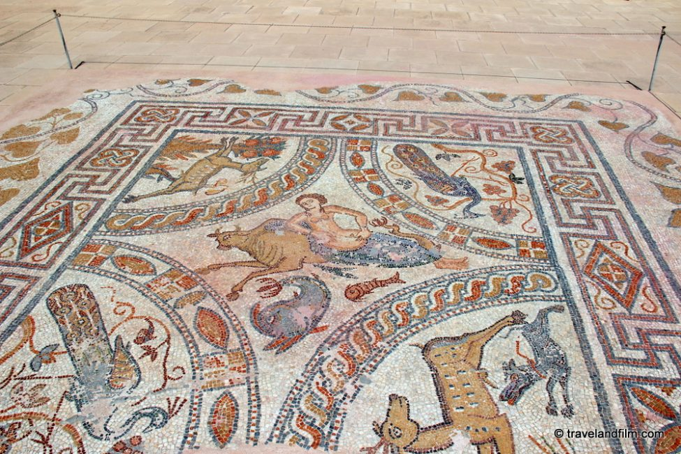 naxos-archeological-museum-mosaic