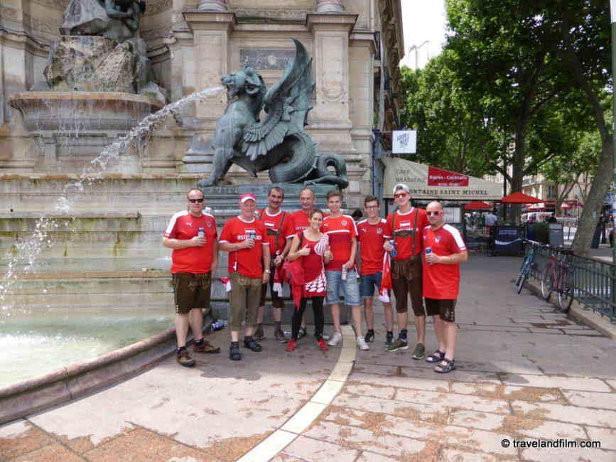 supporters-autriche-place-st-michel