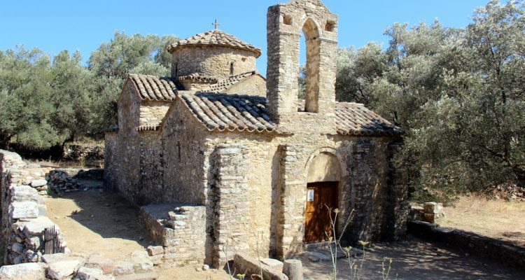 chapelle-et-oliviers-grece-naxos