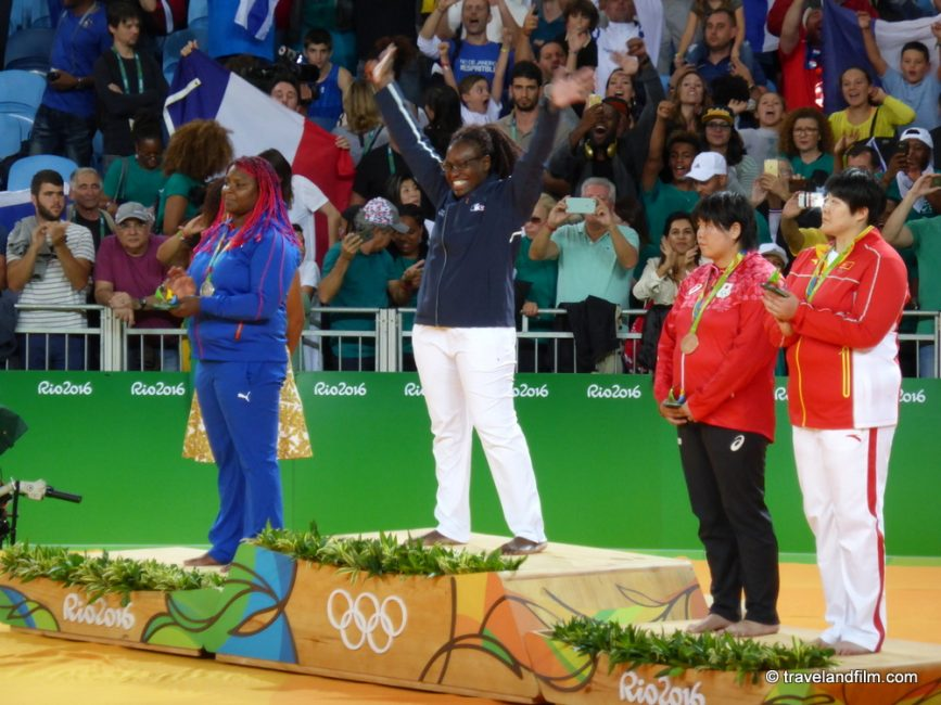 emilie-andeol-medaille-d-or-francaise-judo