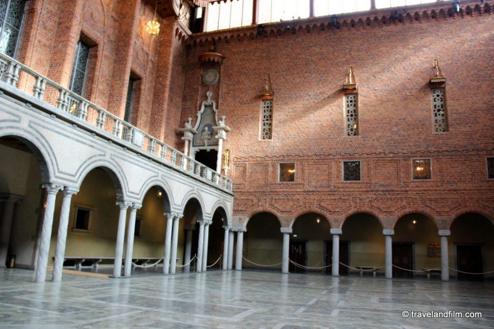 stockholm-city-hall-blue-hall