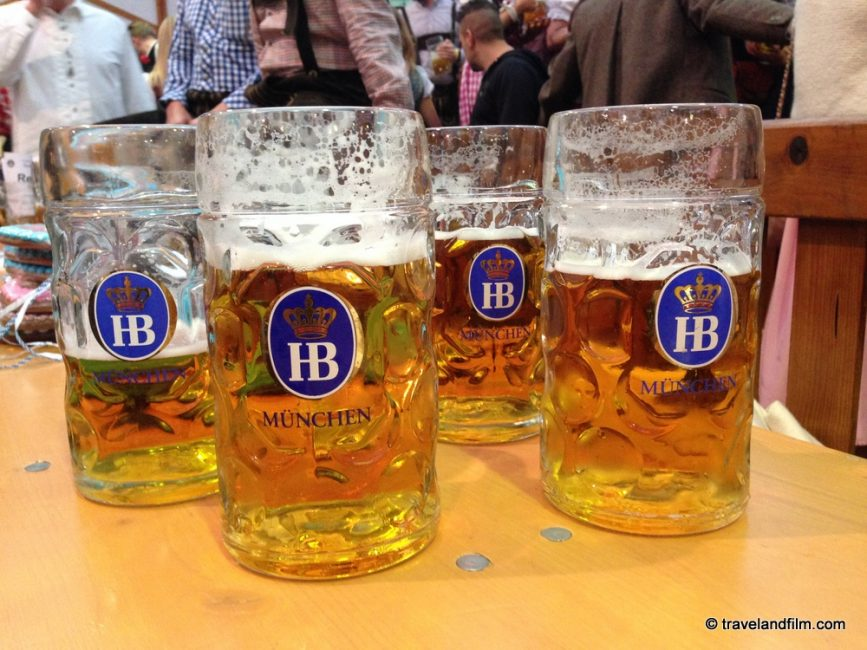 mass-chopes-biere-oktoberfest-munich
