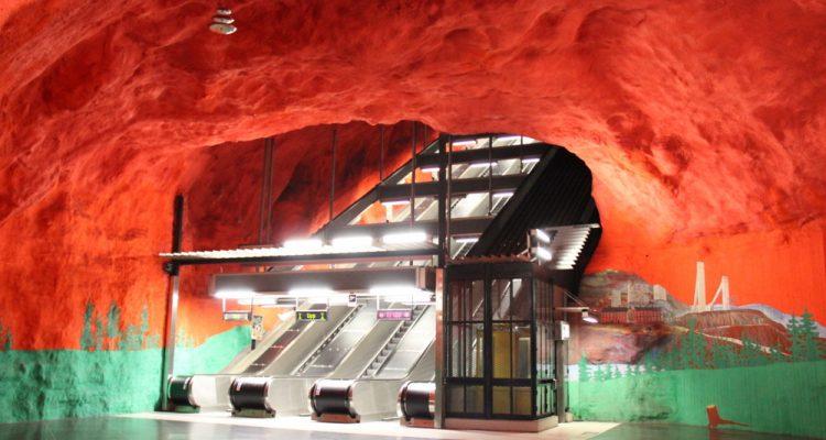 sotckholm-station-de-metro-solna-centrum