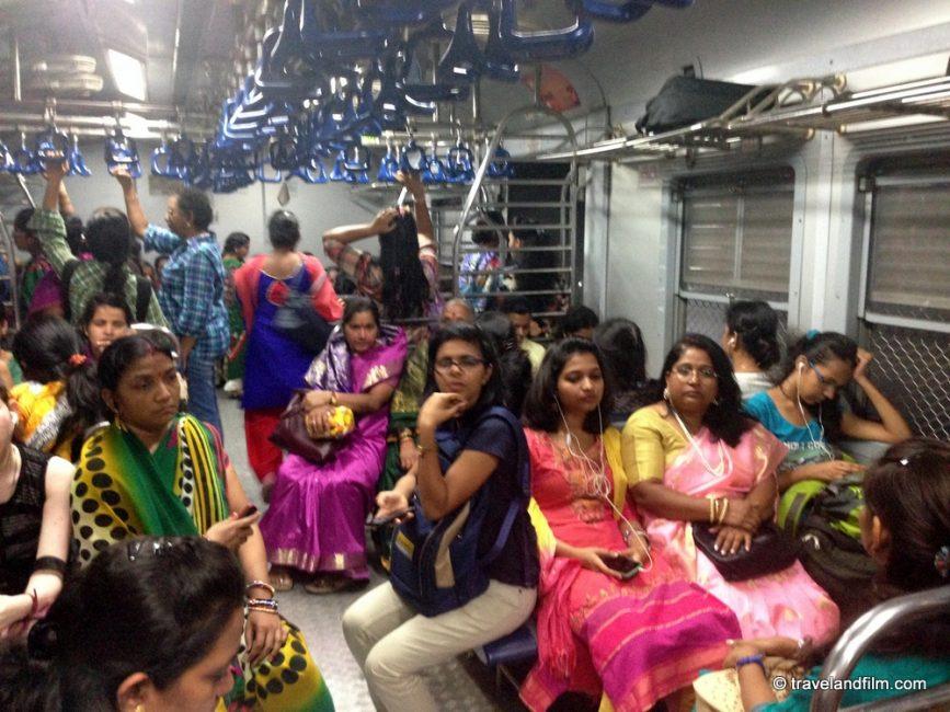 wagon-des-femmes-train-bombay-inde