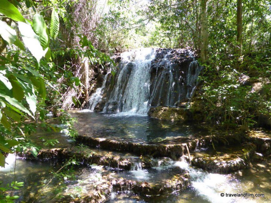 boca-da-onca-waterfalls-bonito