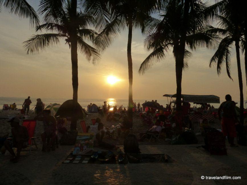 lever-de-soleil-plage-copacabana-rio-de-janeiro