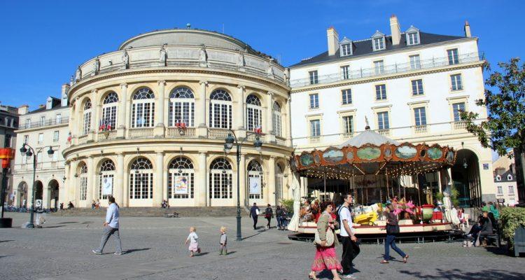 rennes-place-hotel-ville