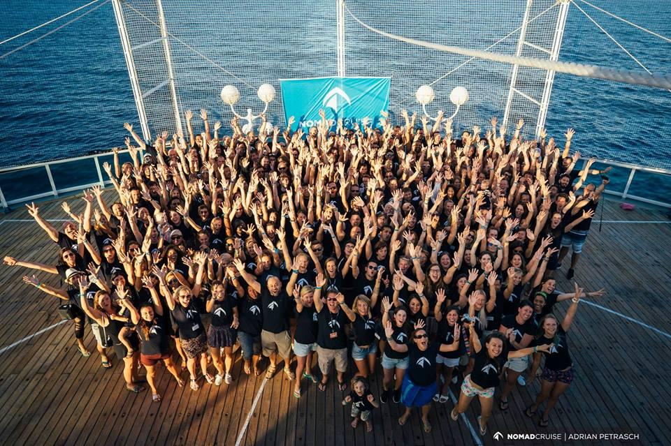 nomad-cruise-5-group-photo