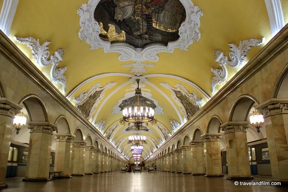 metro-moscou-komsomolskaya-station