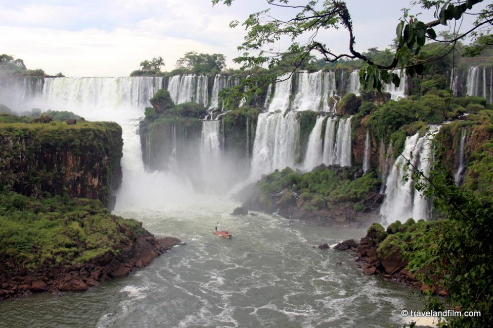 chutes-iguazu-cote-argentin-tour-bateau