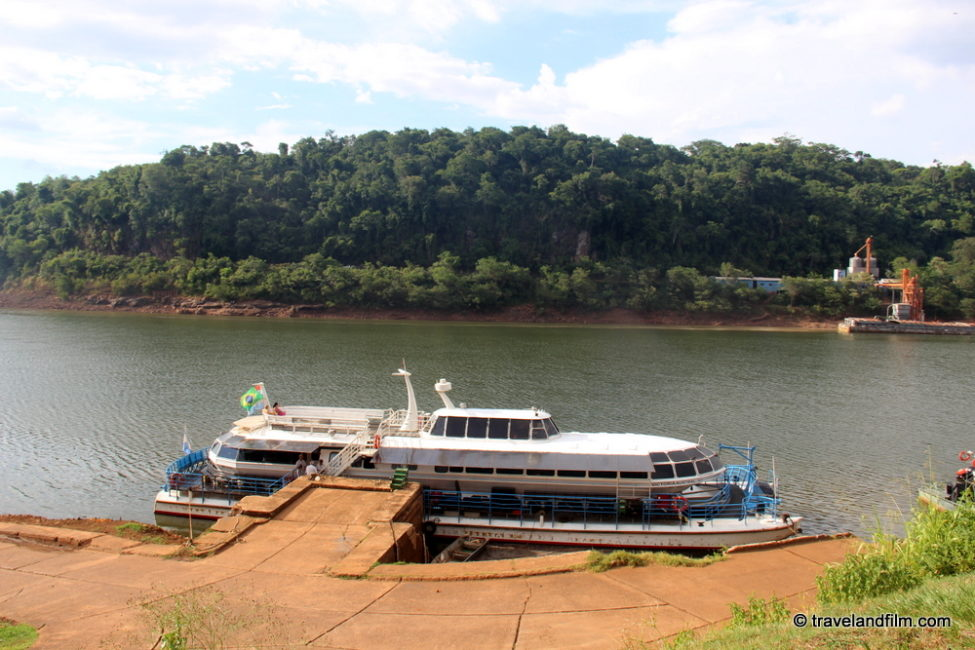 puerto-iguazu-tour-bateau-fleuve