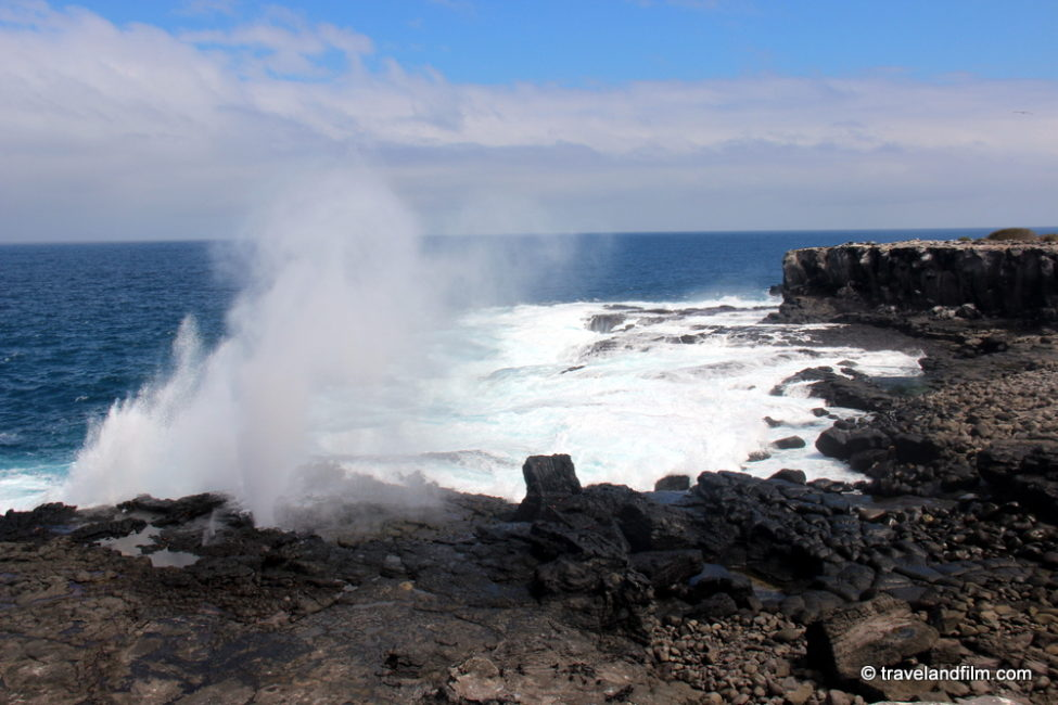 blow-hole-isla-espanola-galapagos